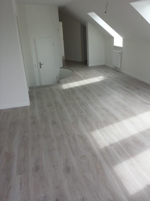 Laminat hellgrau  Bauvorhaben in Wildeshausen